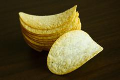 salty crispy goodness (poopoorama) Tags: nikon sigma chips pringles d300 1850mmf28exmacrohsm