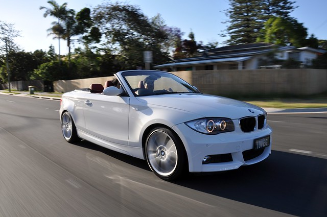 red angel eyes nikon shots interior wheels halo convertible m bmw kit 18 hid rolling vr 1series 120i xenon alloy 18200mm d90 msports alpinewhite 125i 135i e88