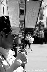 Hermandad de Cristo Resucitado. 2008 (Cesar Catalan) Tags: nikon religion zaragoza escultura cruz paso cristo imagen semanasanta procesion bombo tambor calvario d300 manto jesucristo saeta virgenmaria saragosse cofradia hermandad crucificado andas schmap albareda costalero capirote cristoresucitado cesaraugusta semanasantazaragoza imagineria semanasantadezaragoza nikond300 salduba redobles salduie ciudaddezaragoza zaragozaespaa cesaraugustazara gozazaragozanosaldubasalduieschmapguia asociacionculturalredobles asociacionculturalredoblesdezaragoza