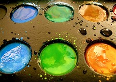 paint  pallette (SmartAnnie (Away)) Tags: macro colors paint picturefantastic ilikesplatter