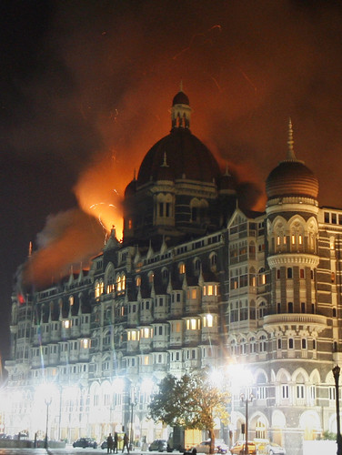 Taj mahal hotel under attack