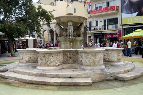 Heraklion, Morosini Fountain