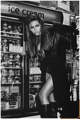 beyonce giant magazine photoshoot .