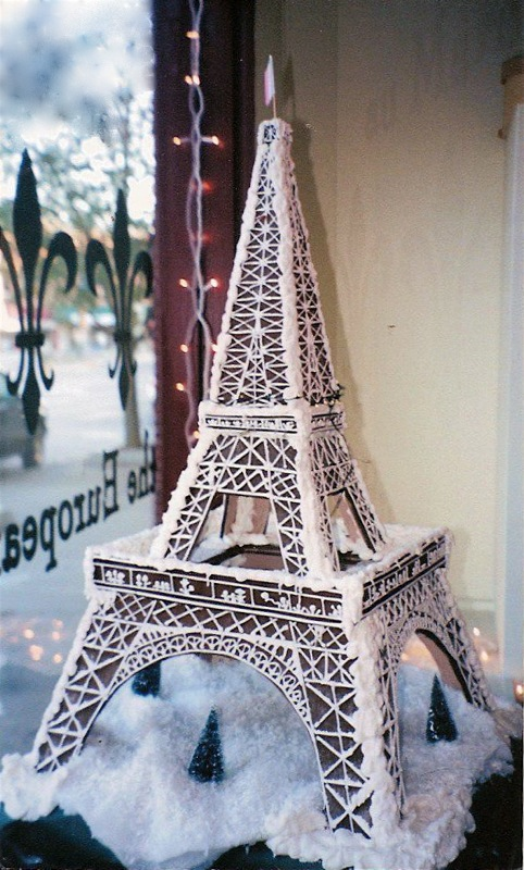gingerbread-eiffel.jpg