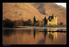Kilchurn Castle (Samantha Nicol Art Photography) Tags: mountains castle water sunrise reflections scotland highlands warm freezing hills loch samantha nicol kilchurn ultimateshot bigal71stuckhisheadoutthewindowandlosthishathehe rippedjacketonbarbedwirewhilstclimbingover6footfence sammikins1976 samanthanicolartphotography