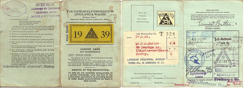 My father's YHA card from Summer 1939