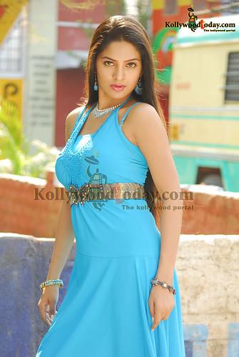 Madhumitha photo
