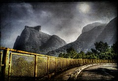 GAVEA .. The stone....! (mauronascimento) Tags: bridge sky mountain nature yellow rock brasil riodejaneiro photoshop wideangle amarelo chapeau d100 nikkor pedra soe hdr gavea soconrado blueribbonwinner photomatix nikom supershot outstandingshots goldenmix mywinners gaveastone platinumphoto anawesomeshot impressedbeauty top20travel superbmasterpiece diamondclassphotographer citrit theunforgettablepictures platinumheartaward wonderfulworldmix betterthangood proudshopper theperfectphotographer goldstaraward thebestofday gnneniyisi spiritofphotography salveanatureza mauronascimento viewfromcanoasroadattijucaforest