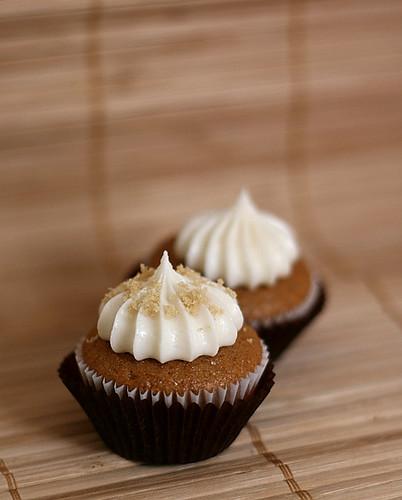 spice cake cupcakes