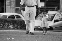 Caminho - Explore (Renato Tavares) Tags: brazil blackandwhite minasgerais girl brasil photographer child little photos fotos criança pretoebranco renato fotografo fotografias tavares fotografoprofissional renatotavares fotografobrasileiro fotografomineiro