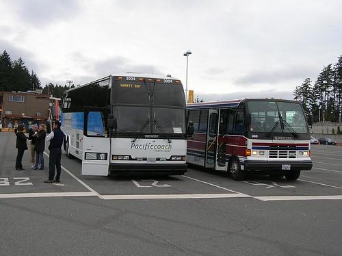 Pacific Coach 3004 Swartz Bay 2008_0926