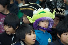 Picked out of the costumed crowd (jasohill) Tags: trip deleteme5 party deleteme8 portrait deleteme deleteme2 deleteme3 deleteme6 deleteme9 deleteme7 halloween japan canon photography eos 350d photo costume kid saveme deleteme10 portraiture iwate canon350d 日本 2008 deleteme11 東北 tohoku jasonhill murone 岩手 canonef70200mmf28lusm ハロウィン