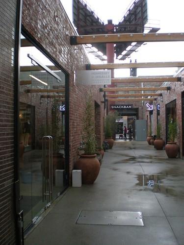 Henessey & Ingals bookstore passage