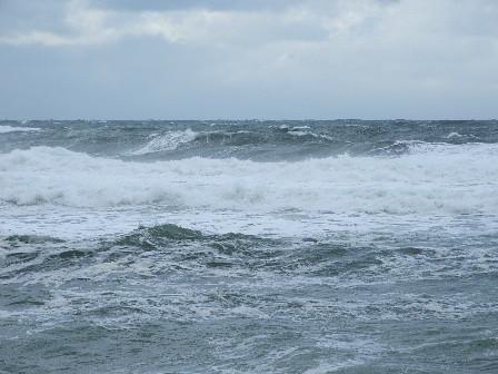 時化の日本海~笹川流れ
