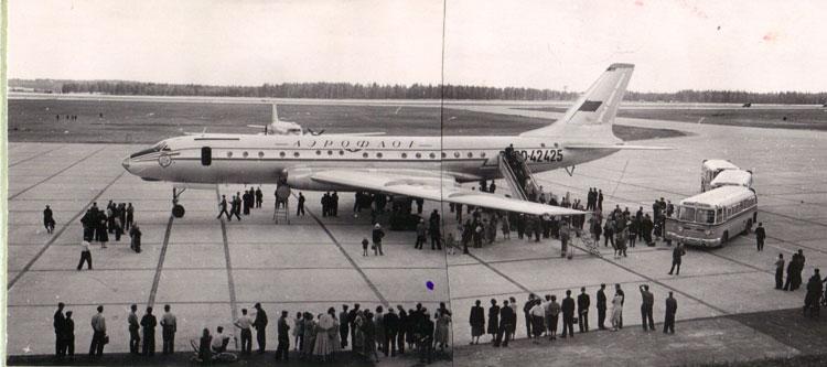 "Москва 1956. ""ТУ-104"" Фотограф Б.Вдовенко"