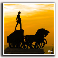 La cuádriga del Foro (Moments by Xag) Tags: madrid españa horse caballo atardecer romano naranja cruzadas xag ltytrx5 colorphotoaward ltytr2 ltytr1 ltytr3 ltytr4 ltytr5 cuádriga a3b 20tflibre a3bconstructive 20tfpredominantenaranja flickrlovers