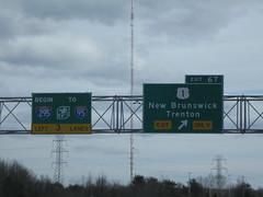 Begin I-295, End I-95, US-1 Exit (mts83) Tags: tower radio tv newjersey highway newbrunswick interstate antenna mercercounty us1 trenton i95 njn i295