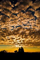 Love (Alê Santos) Tags: brazil sky minasgerais love brasil clouds sunrise dawn couple amor céu romance mg nuvens casal namorados amanhecer manhã nascente coth sãotomédasletras contemplação sãotomé abigfave theperfectphotographer goldstaraward