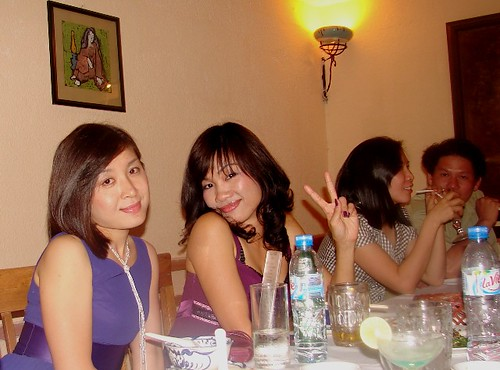 Thuy iu 's party 5-2-09 (1)