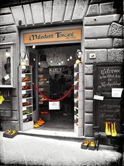 Italia 2010: Montepulciano, Maledetti Toscani (juvani photo | digital art) Tags: voyage travel italien original vacation italy holiday texture beautiful lumix vakantie