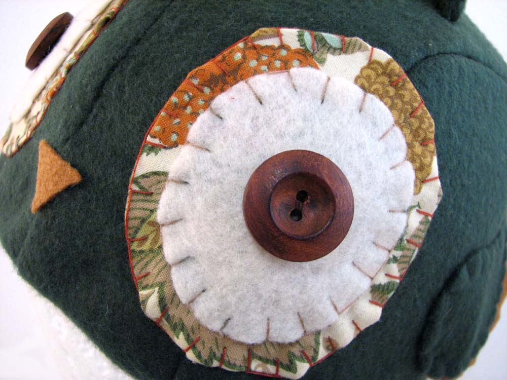 hoolio close-up
