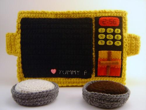 Crochet Easy-Bake Oven Plushie
