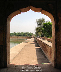 Enterance to Ancient Times.... (Farrukh) Tags: pakistan lake beautiful frame punjab hiranminar ancienttimes farrukh cannonpowershots2is favouritecapture farrukhwaheed shaikupura