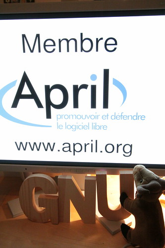 It's time to join APRIL, the GNU will thank you.