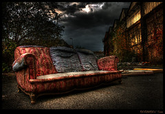 Old Sofa - Fin - 3/3 (Yoan Bernabeu) Tags: street city sky urban france photoshop grenoble canon dark french eos europa europe dynamic spooky sofa ciel terrible afraid nuages exploration rue range photoshoped serie hdr ville usine vieux photomanipulated abandonned canap ancien urbain pourri ambiance urbex cass ure abandonn peur darky glauque hight photomatix friche dcharge canap 400d abigfave defraichi colourartaward entreprot sombrez
