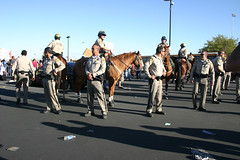 IMG_5571Barack Obama Rally at Bonanza High School, Las Vegas (nabila4art) Tags: people lasvegas crowd huge barackobamarally bonanzahighschool