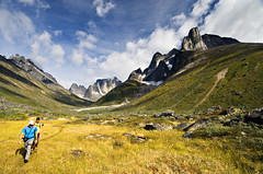Nalumasortoq & Ulamertorsuaq Trekking (elosoenpersona) Tags: camping camp mountain mountains trekking trek greenland campo fjord base tierras montaas fiordo polares groenlandia tasermiut ulamertorsuaq elosoenpersona nalumasortoq