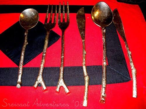 diwariya resto utensils