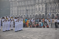 Indian Navy Outside Taj Hotel, Mumbai India (Laura Dunn-Mark) Tags: show travel music india crowd navy band terrorist demonstration bombay terrorism maharashtra mumbai 2008 tajhotel onlookers tajmahalhotel colaba indiannavy lauradunnmark