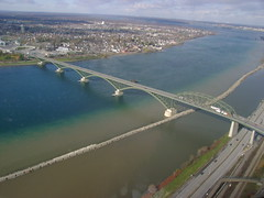 Peace Bridge Between Buffalo NY and Fort Erie (Cobra0122) Tags: buffalo bridges peacebridge forterie