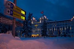 Posh in StMoritz (mountainmadness.org) Tags: ski switzerland thomas ollie snowboard moritz freeride sankt offpiste sanktmoritz mountainmadness 20082009 snowjunk julierspass kamikazetommie