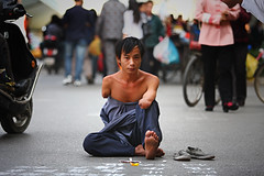 Hero I (Michael Steverson) Tags: china street city urban money writing canon foot chinese games scene explore disabled chinadigitaltimes characters yuan allrightsreserved guangxi expatriate liuzhou kwai 40d shanghailist expatriategames ctrippic
