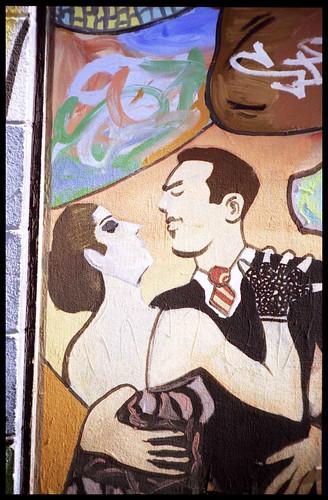 alley dancing