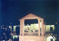 921107 Singapore - Raffles Hotel (rona.h) Tags: november singapore 1992 cacique raffles ronah vancouver27 bowman57