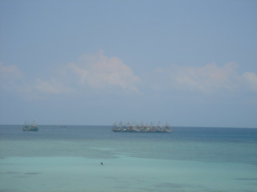 Fishing boats off Haad Salad