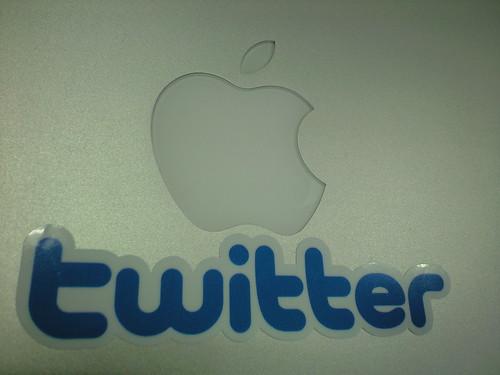 New design Twitter Sticker and Macbook Air