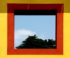 cornice #3 frame (Marsala Florio) Tags: windows red sky verde green yellow clouds nuvole amarillo giallo cielo rosso finestre
