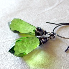 Green Wire-Wrapped Brios
