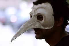 .siamo maschere vaganti. (luce_eee) Tags: portrait man criticalmass maschera canon70200f4l pirandello manifestazioniromamor canon400d mascherenude criticalmass2008 ciemmona2008