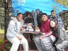 Ben y su grupo de estudiantes de viaje para amar y aprender mas sobre la naturaleza