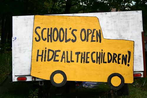 HiDE ALL THE CHiLDREN!