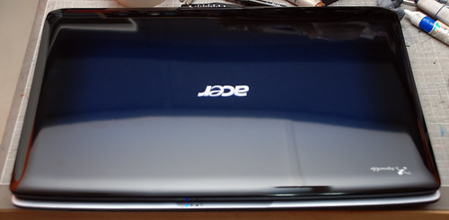 Acer Aspire 6920G Blue Gemstone closed