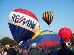 9/21/08 - Sunbeau Valley Farm: Ken and Mark (mavra_chang) Tags: hotairballoons ravennaballoonafair tristansphotograph ravennaballoonafair200830yearsofmagicalmemories