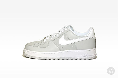 Nike Youth/Women's Air Force 1