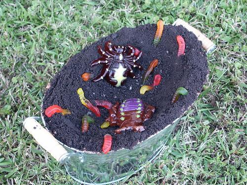 Halloween Dirt Cake