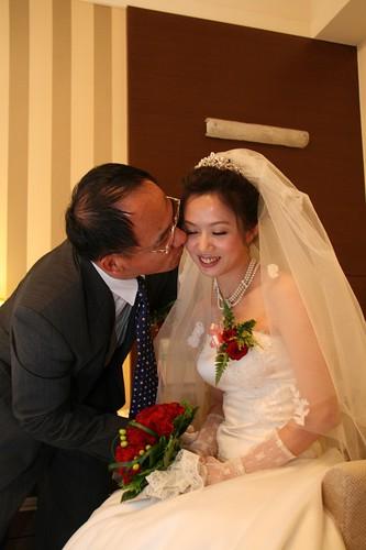 你拍攝的 20081110GeorgeEnya迎娶297.jpg。